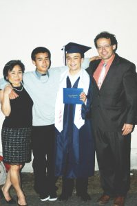 dylan-graduation-family